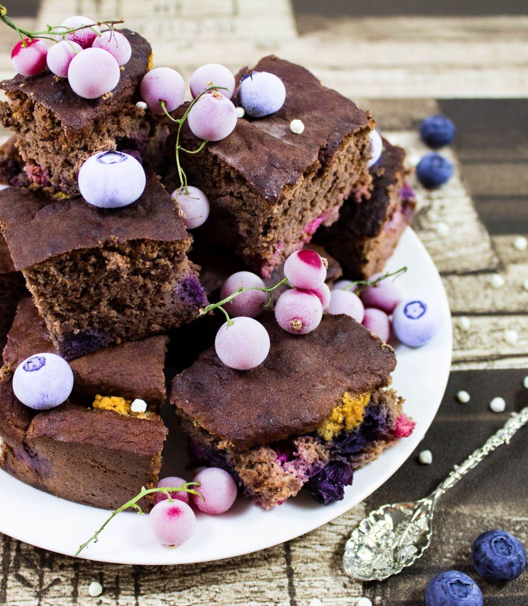 Choco- Proteinbar Brownies mit Beeren