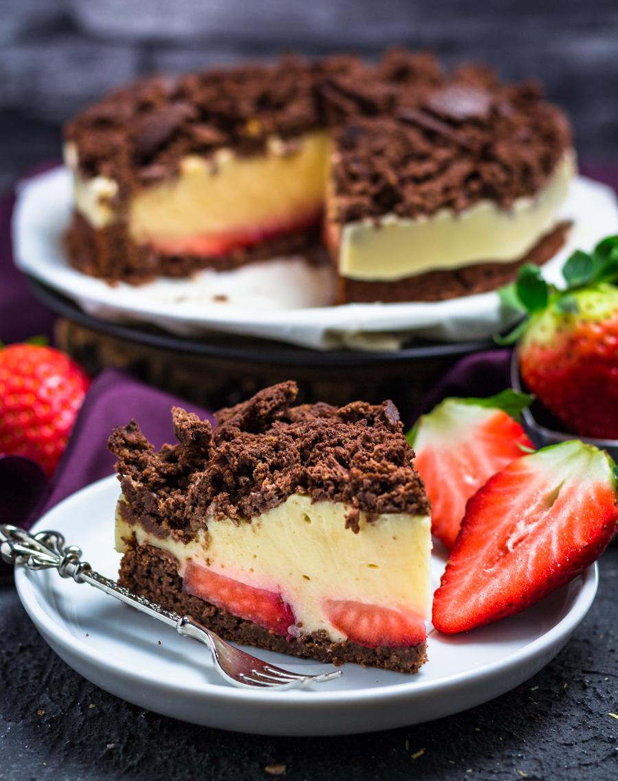 Gesunder Maulwurfkuchen Mit Erdbeeren Und Vanillepudding Fullung