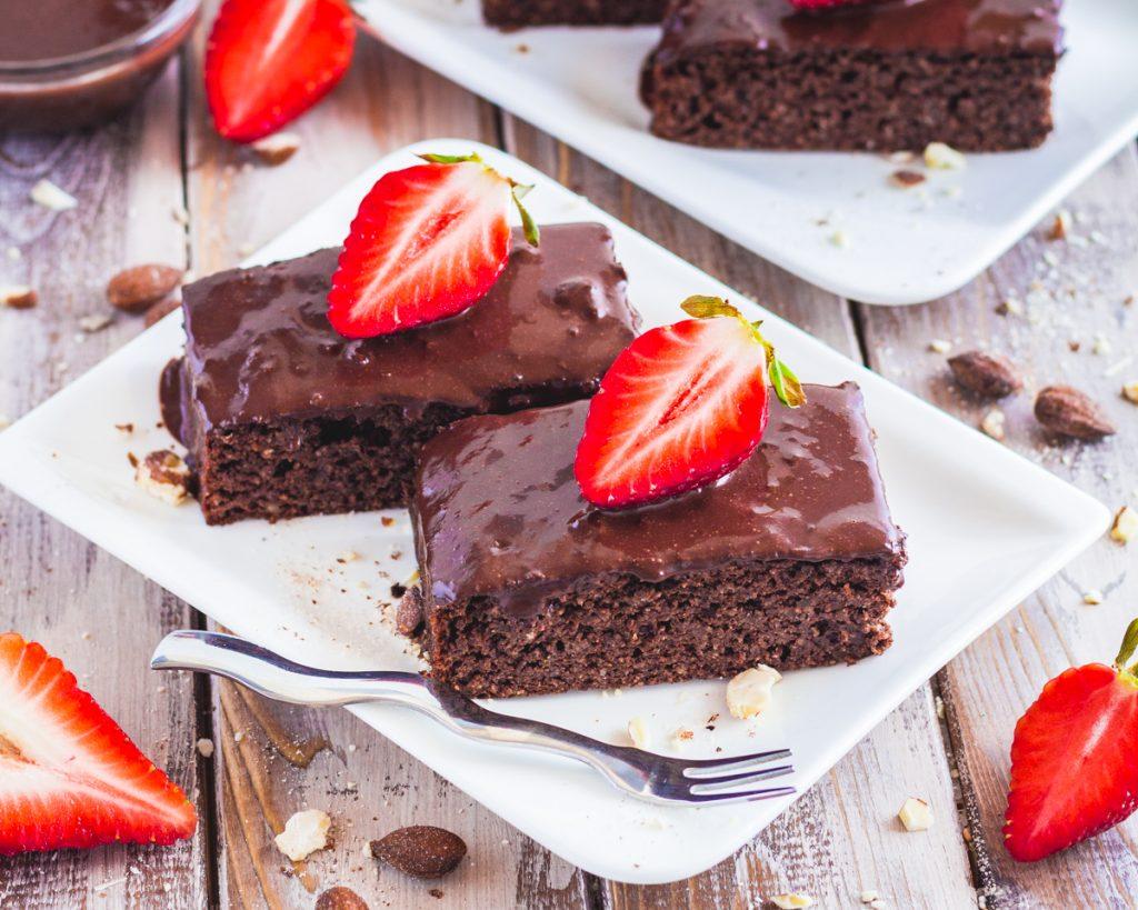 Protein- Brownies mit gesalzener Schoko- Erdnuss- Creme