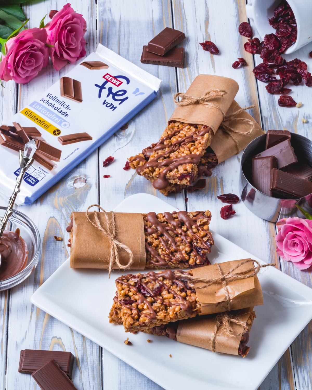 Fitnessriegel mit Schokolade und Cranberries – Laktosefrei