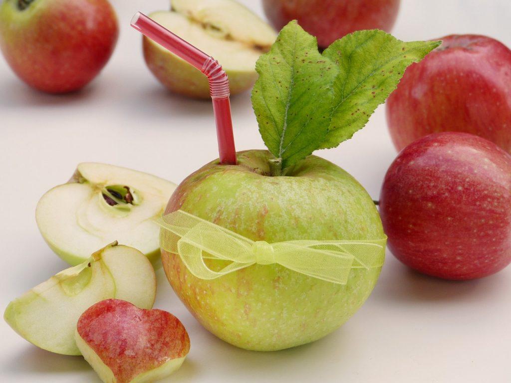 Apfelessig für eine bessere Verdauung bei Verdauungsprobleme.