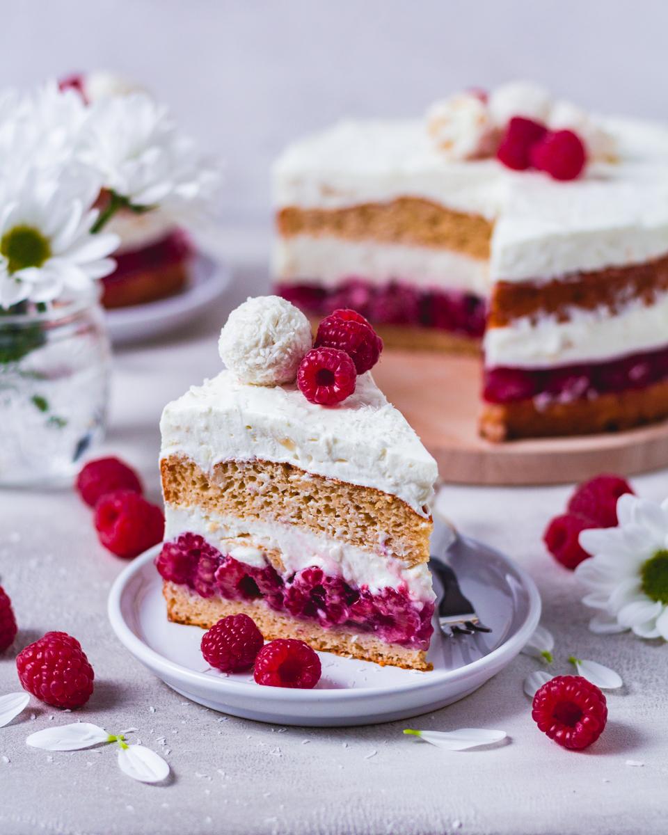 Raffaello-Torte mit Proteinpulver