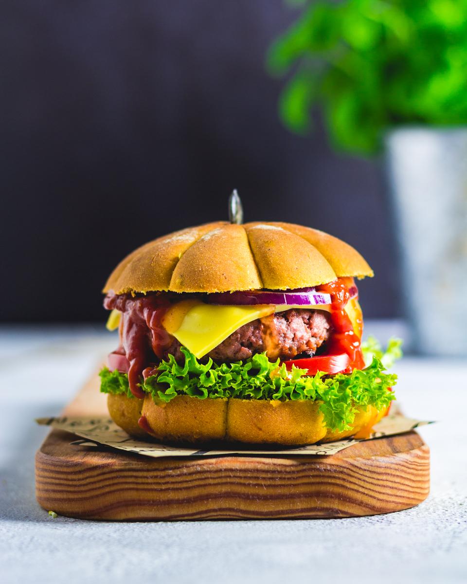 Next Level Patty im veganen Kürbis Brötchen